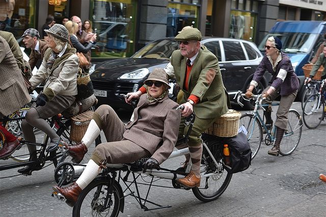 The Tweed Run--definitely want to participate someday.