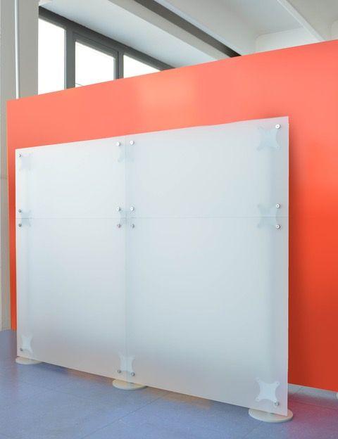 Stellwand Studio weiss Milchglas 1,5 m Höhe Stellwand