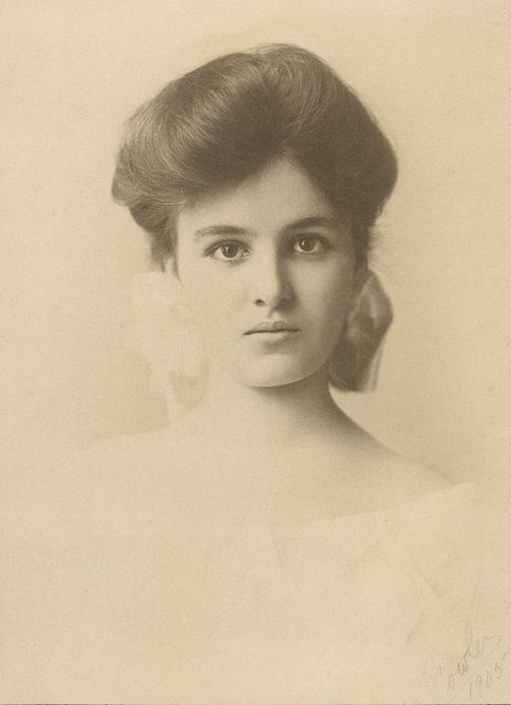 What A Beauty Vintage Portraits Old Photography Vintage Photographs