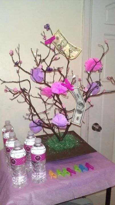 Money tree for baby shower parties pinterest for Baby shower tree decoration