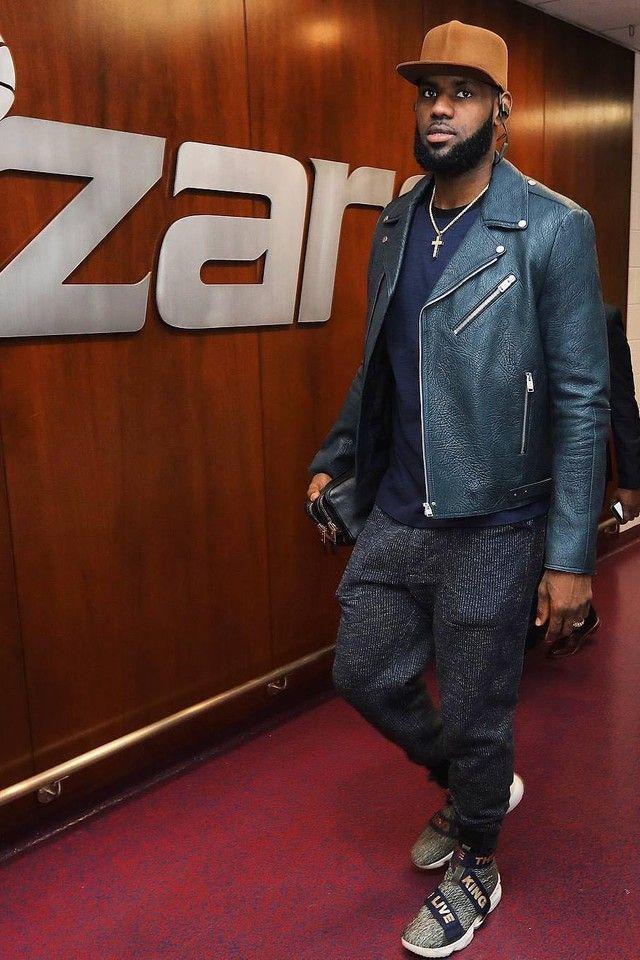 30988b0f729 LeBron James wearing Nike LeBron 15 Strap  Long Live The King