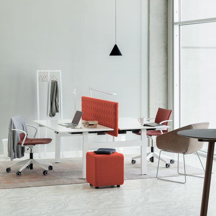 Akoestische wand #desk-up duo #FoamFabrics #Piramide structuur