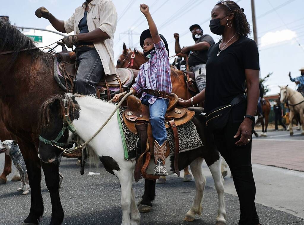 Photos From Inspiring Moments From Black Lives Matter Protests E Online Black Lives Matter Protest Black Lives Matter Black Lives