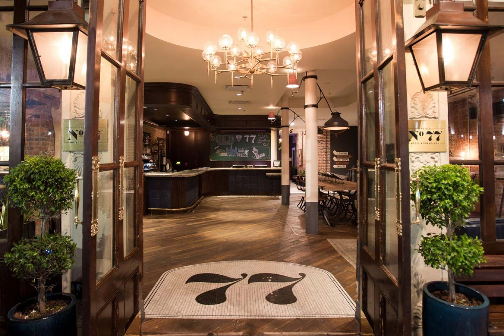 Located In The Heart Of New Orleans The Old No 77 Hotel Thrives