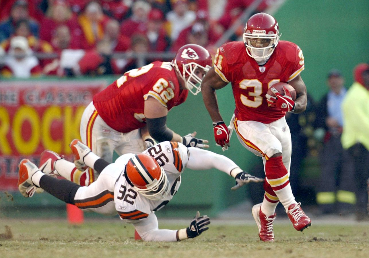 Biggest NFL Draft busts in historyCourtney Brown (No. 1