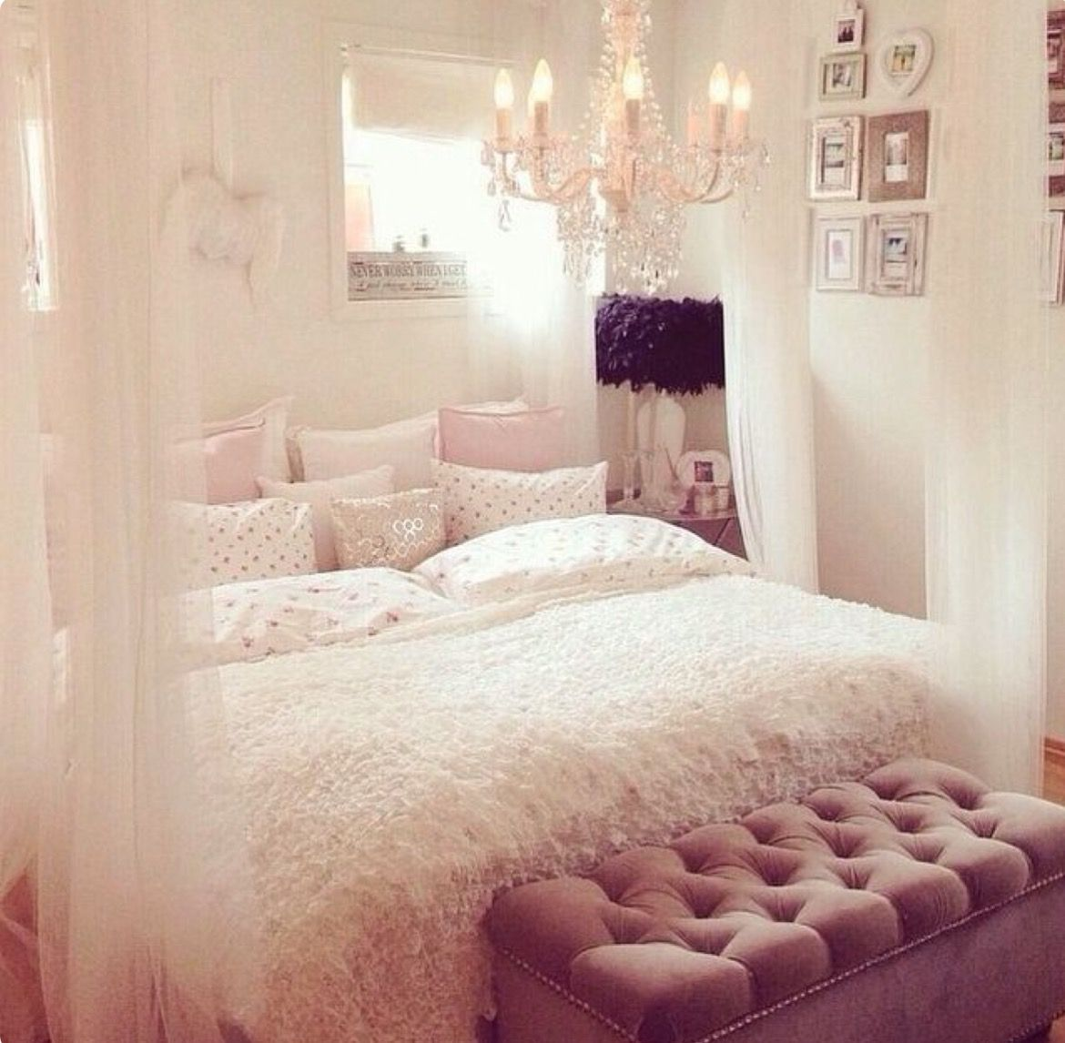 Love the ottoman at foot of bed Interior Design