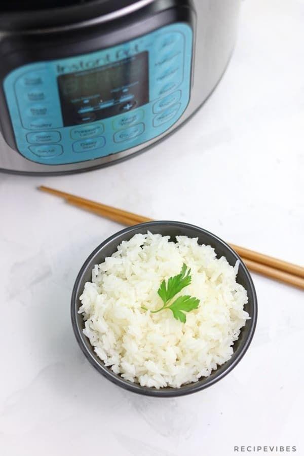 Instant Pot Jasmine Rice - Recipe Vibes #instantpotjasminerice #jasminerice