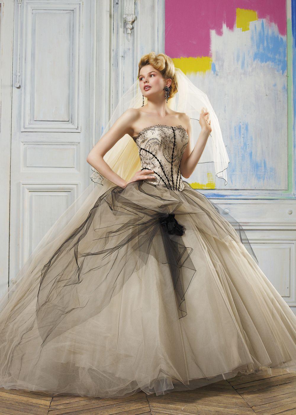 Halloweenweddingdresses wedding ideas pinterest halloween