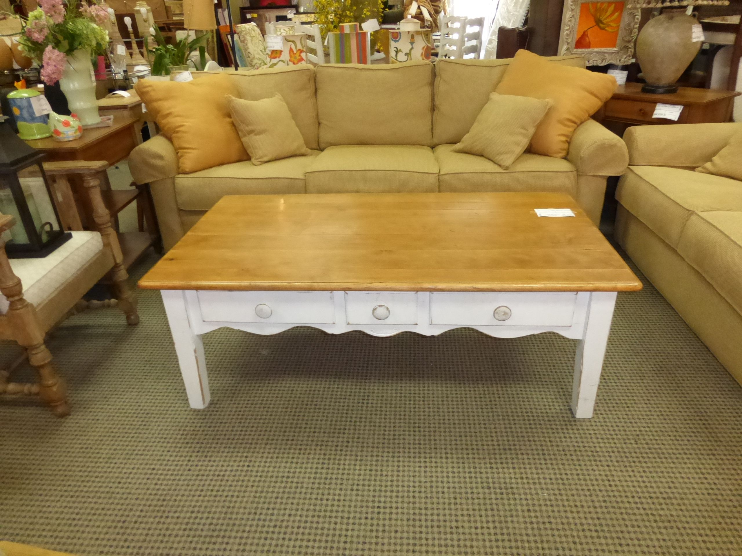 Cute Shabby Chic Coffee Table with Drawers losangeles