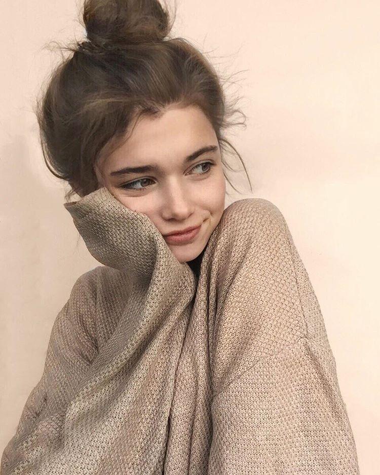 Настя с одной причёской - Фото и видео в Instagram (с ...