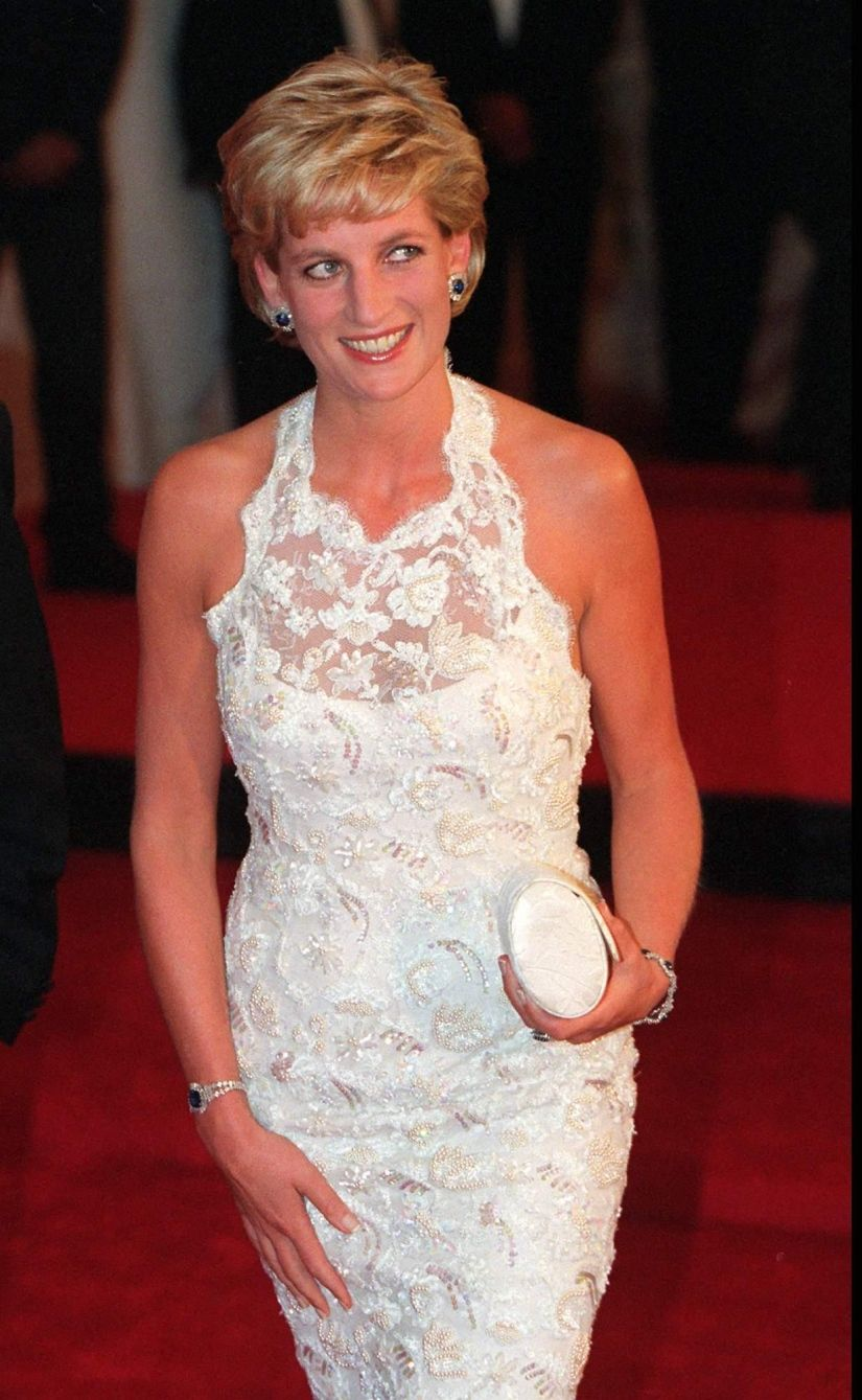 58 celebrities who died young Princess diana dresses