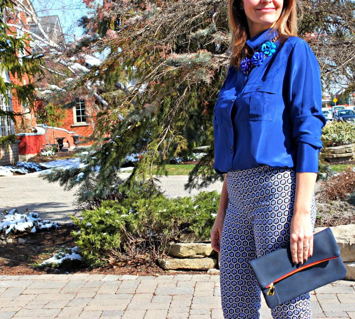 How to blue wear patterned pants