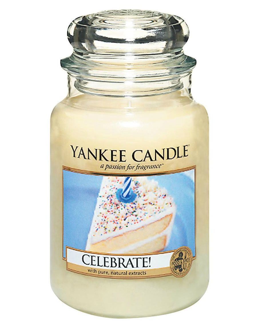Yankee Candle Celebrate Large Jar from Love Aroma So many of life's important moments with friends and family are celebrated with creamy, frosted cake.