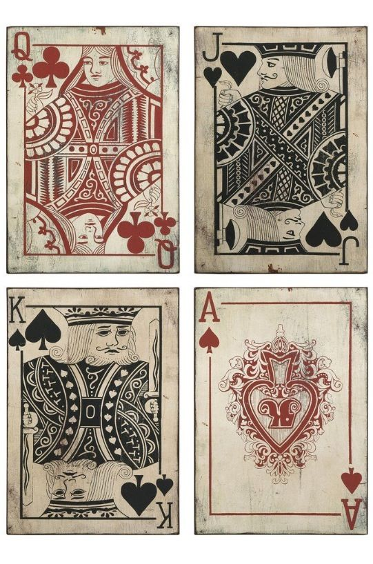 Rustic looking cards for the queen of hearts wall decals