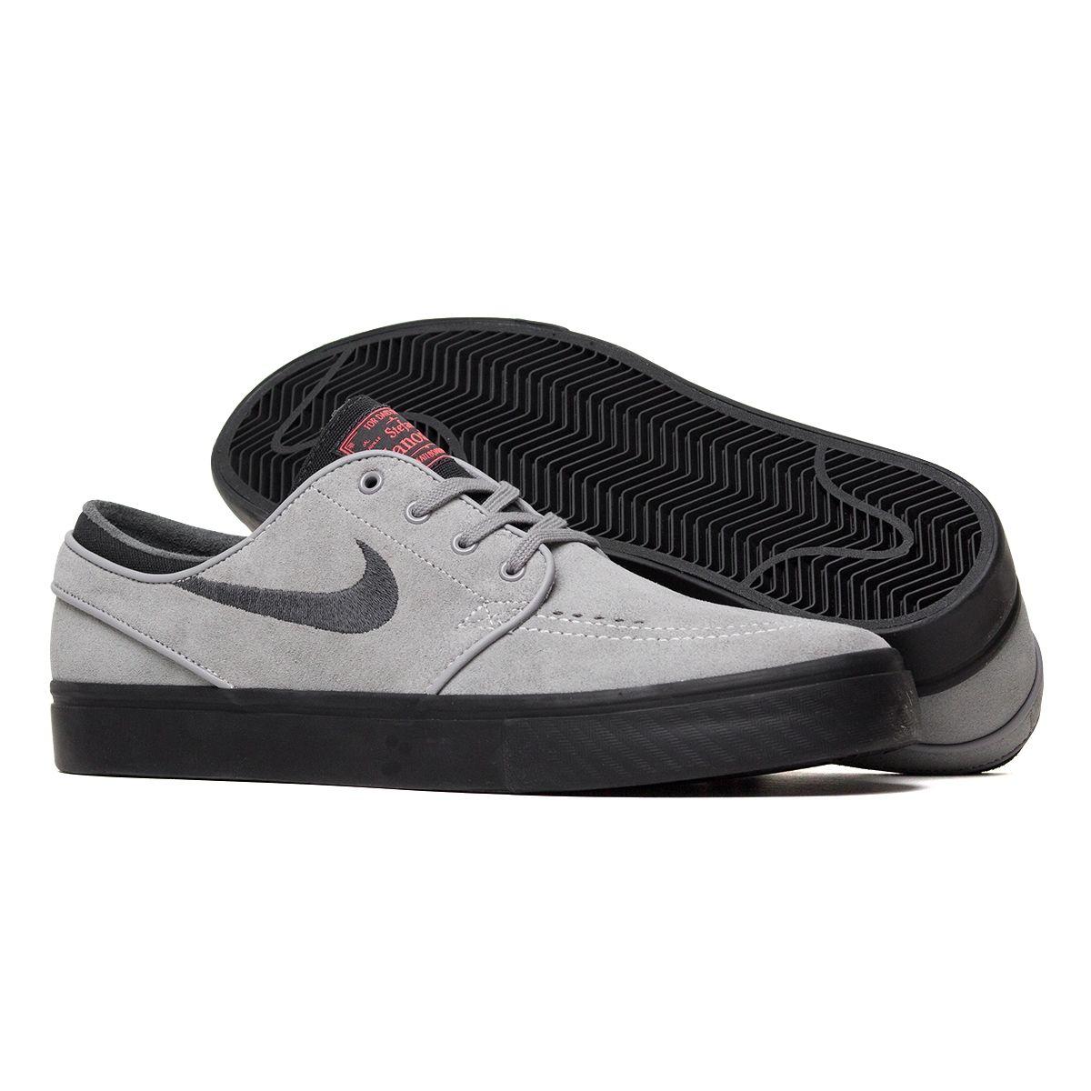 fec78235bd7 Tênis Nike SB Stefan Janoski Cinza e Preto - Maze