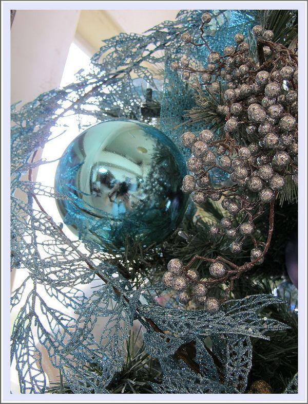 Aqua Blue Christmas Tree and Table Setting Holidays Pinterest - blue and silver christmas decorationschristmas tree decorations