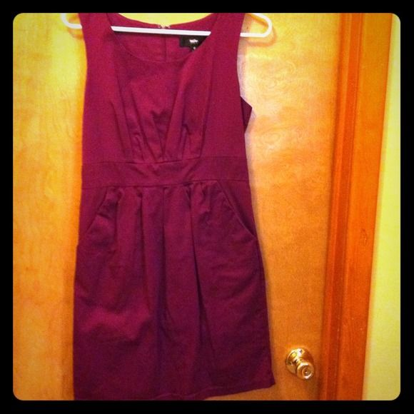 Reduced! 😊Eggplant purple cocktail dress sz 6. Cute fun dress!! Sz 6! Best feature- it has pockets! ) Mossimo Dresses