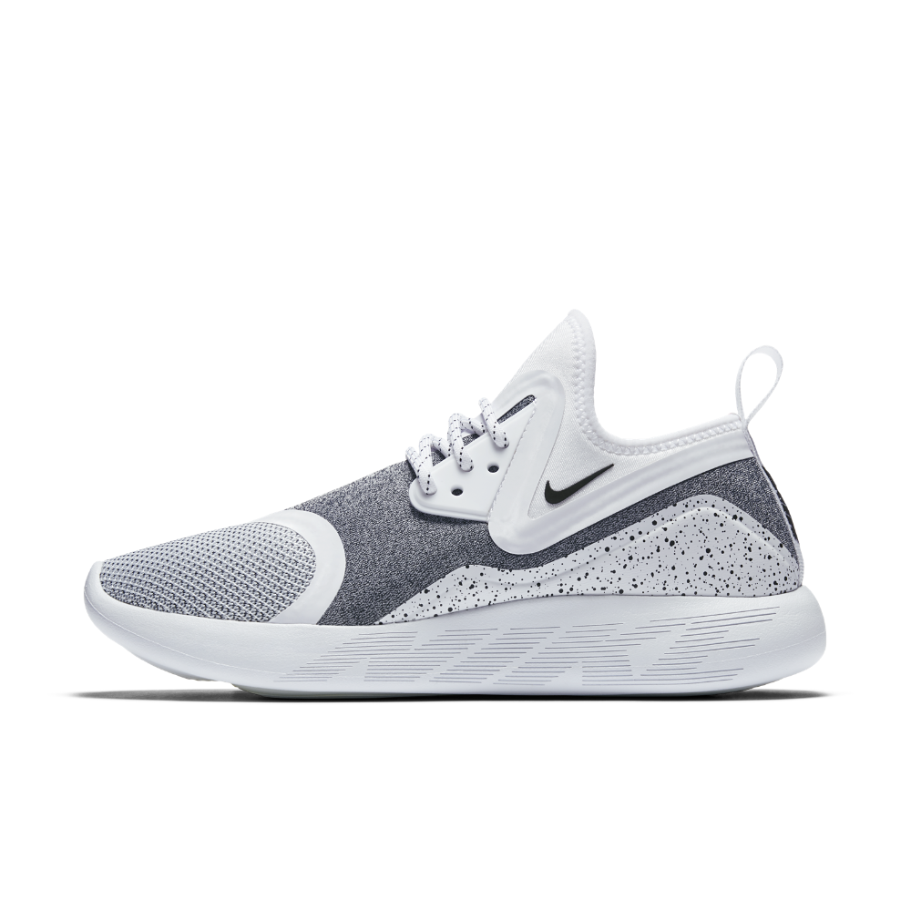 pretty nice eff8b 0ab20 Nike LunarCharge Essential Women's Shoe Size 11 (White) | Products ...