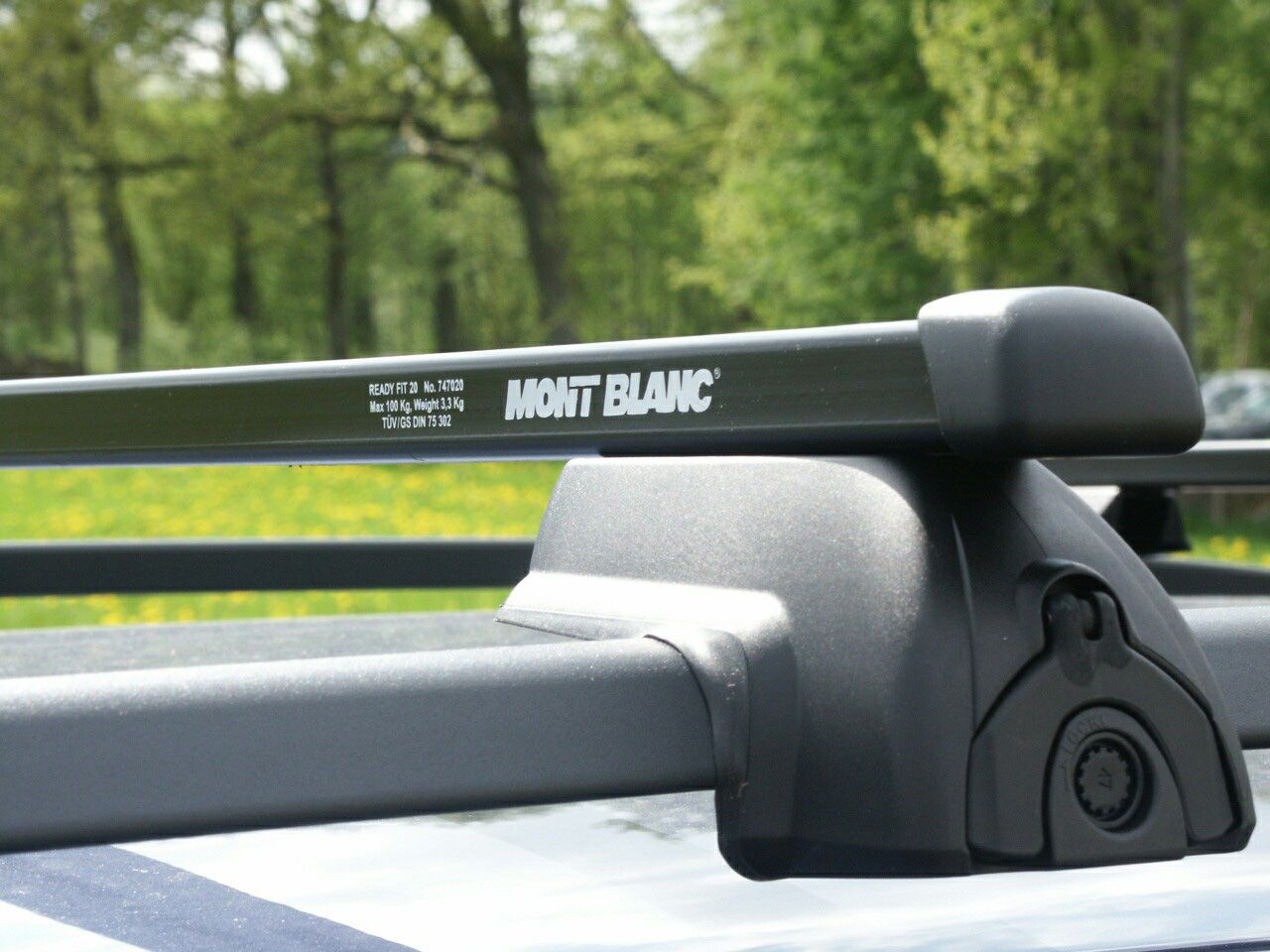 Rectangular Mont Blanc Gripper Upgrade Cross Bars Clamp Mount Universal Fit Roof Rack Loading Bar Roof Racks