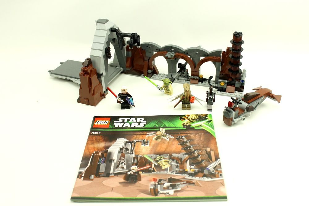 LEGO Star Wars FA-4 Pilot Droid from set 75017