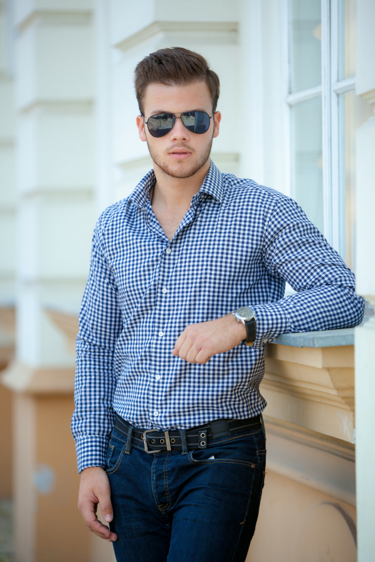 Men S Business Casual Outfit For Spring And Summer Featuring Blue Checkered Dress Shirt Paired To Mens Fashion Casual Trendy Mens Fashion Mens Winter Fashion [ 1102 x 735 Pixel ]