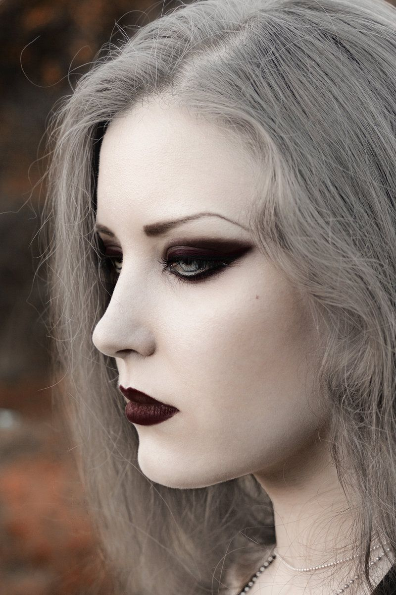 Gothic girl  Goth Makeup  Pinterest  Gothic girls Gothic and Girls
