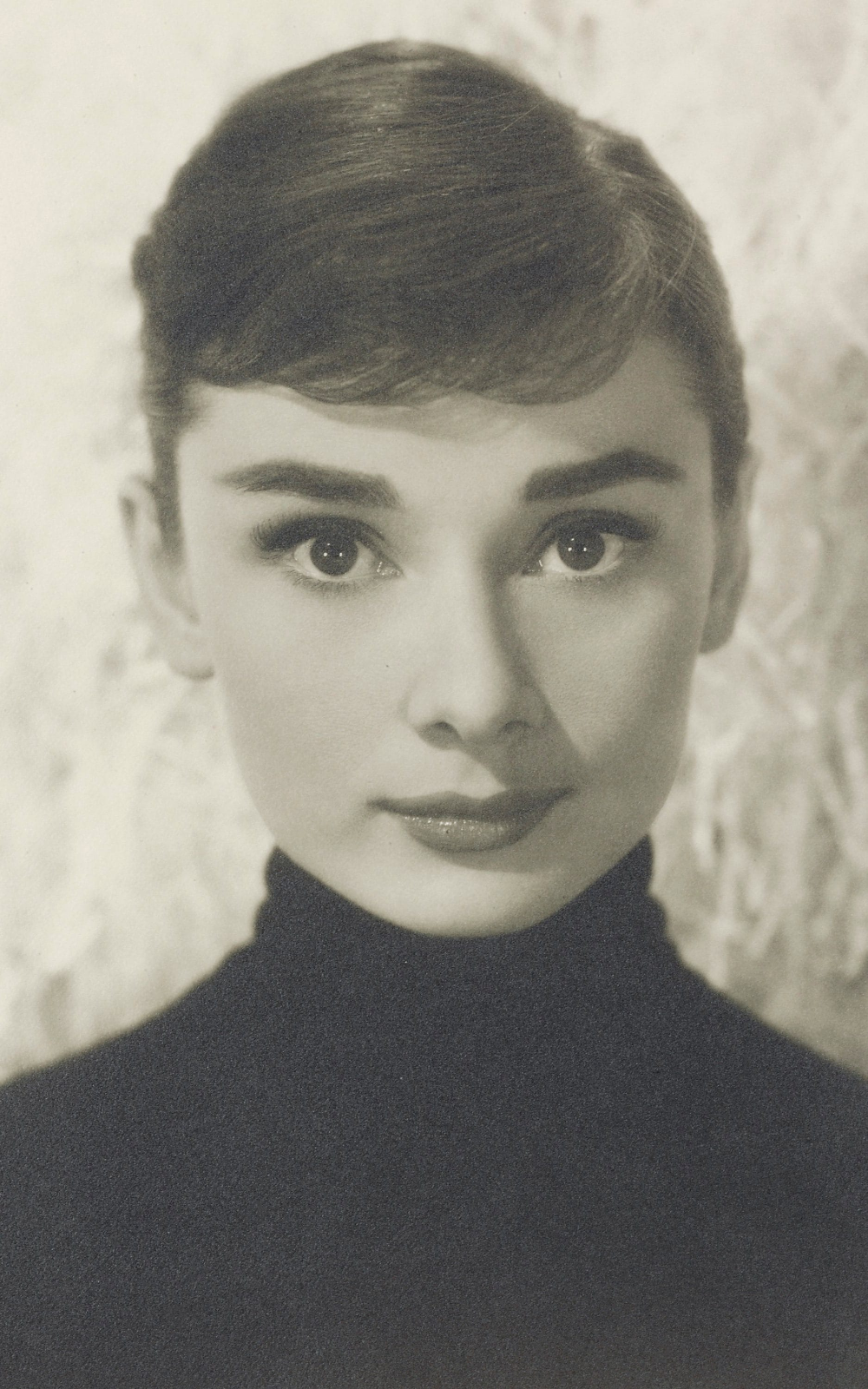 51 incredible actresses from Hollywood's Golden Age #hollywoodgoldenage Audrey Hepburn | 51 incredible actresses from Hollywood's Golden Age  - Film #hollywoodgoldenage 51 incredible actresses from Hollywood's Golden Age #hollywoodgoldenage Audrey Hepburn | 51 incredible actresses from Hollywood's Golden Age  - Film #hollywoodgoldenage