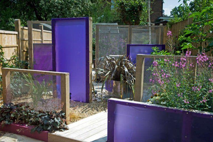 Verschiedene Sichtschutz-Paneele aus Stoff mit Holzrahmen | Garten ...