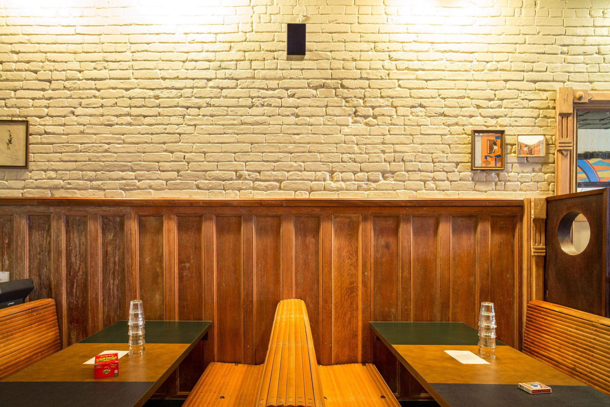 Franny's Little Sister Rose's Is a Vintage Inspired Neighborhood Bar for Prospect Heights - Eater NY