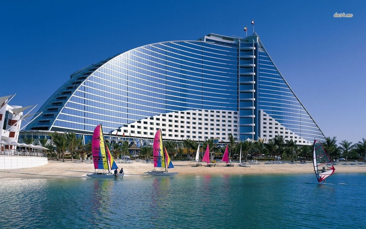 How About The Beautiful White Sandy Beaches Of Dubai Stay 7 Luxury Nights At 5 Star Jumeirah Beach Hotel And Save