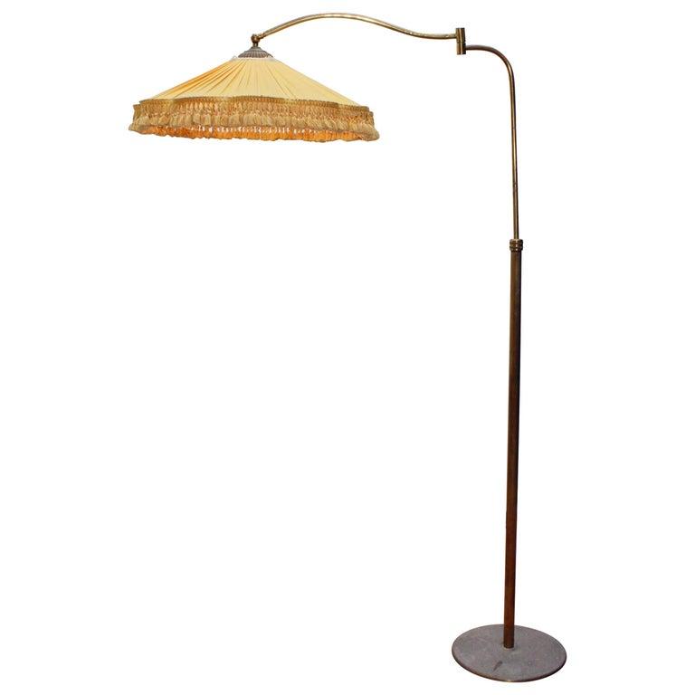 Midcentury Metal Wood And Brass Floor Lamp Stilnovo Italy 1950s In 2020 Floor Lamp Brass Floor Lamp Vintage Floor Lamp