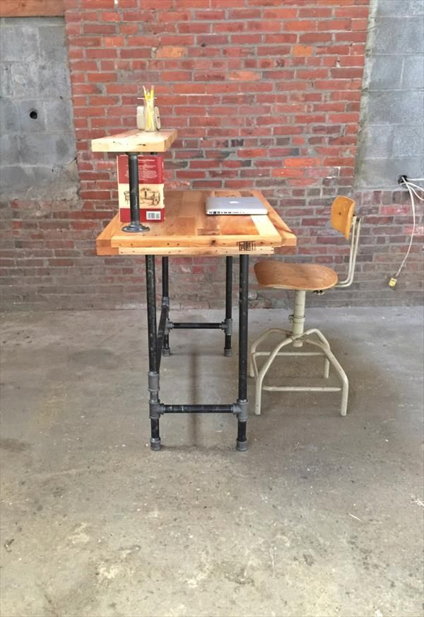 handmade-wooden-pallet-and-steel-pipe-computer-desk.jpg (600×872)