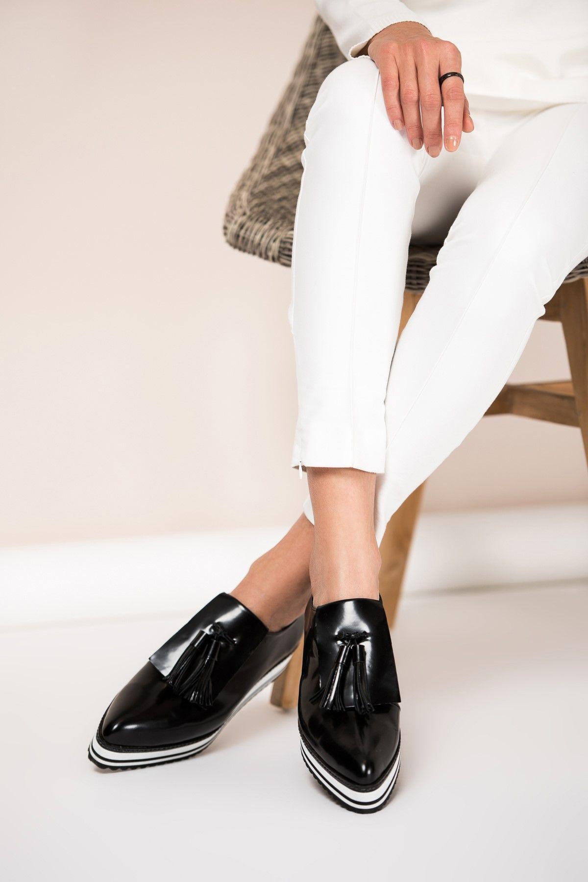 Hakiki Deri Siyah Kadin Ayakkabi 15y620 Elle Shoes Trendyol Women Shoes Ayakkabilar Kadin Ve Siyah