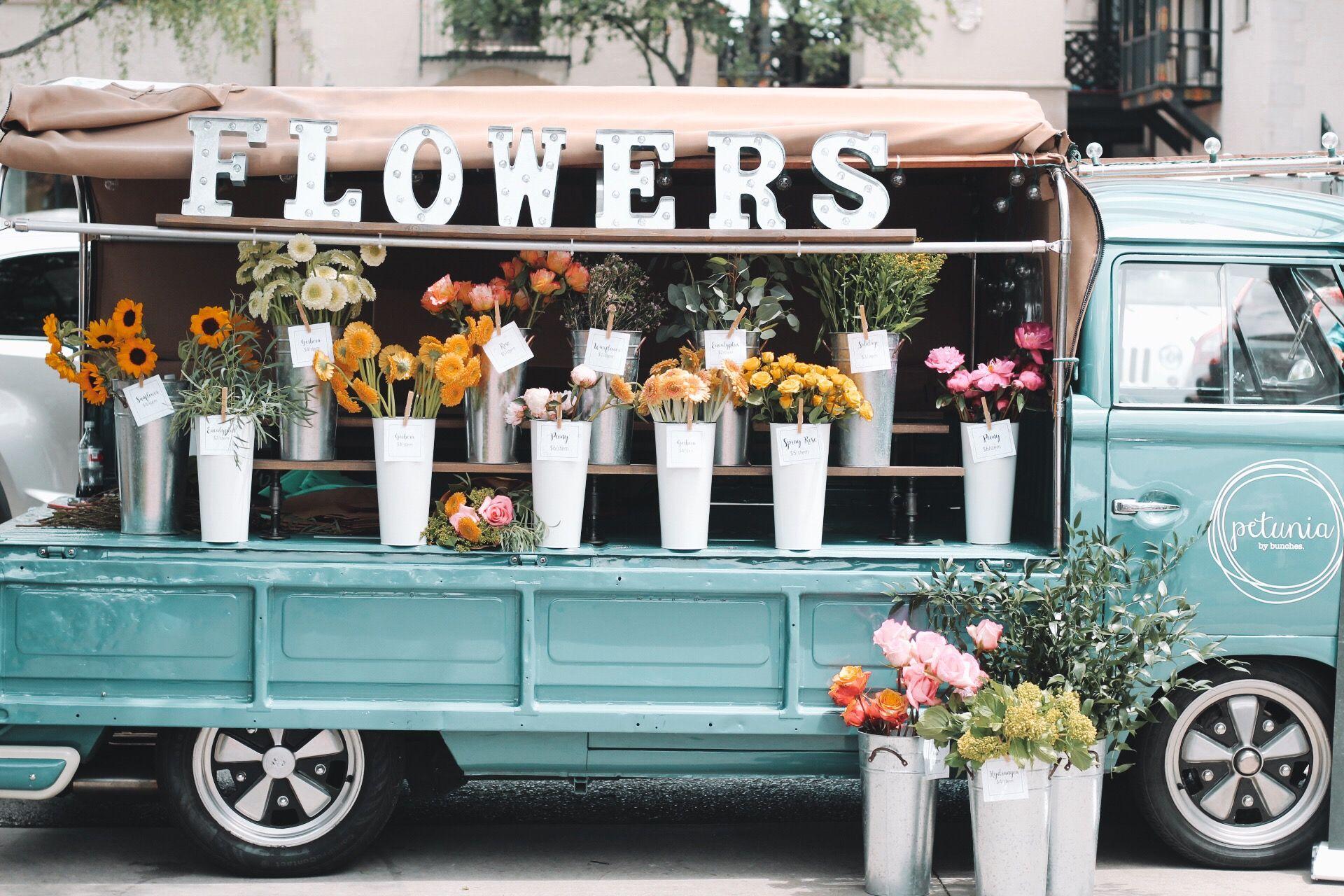 Flower Truck In Dallas Tx Flower Truck Flower Farm Flower Shop