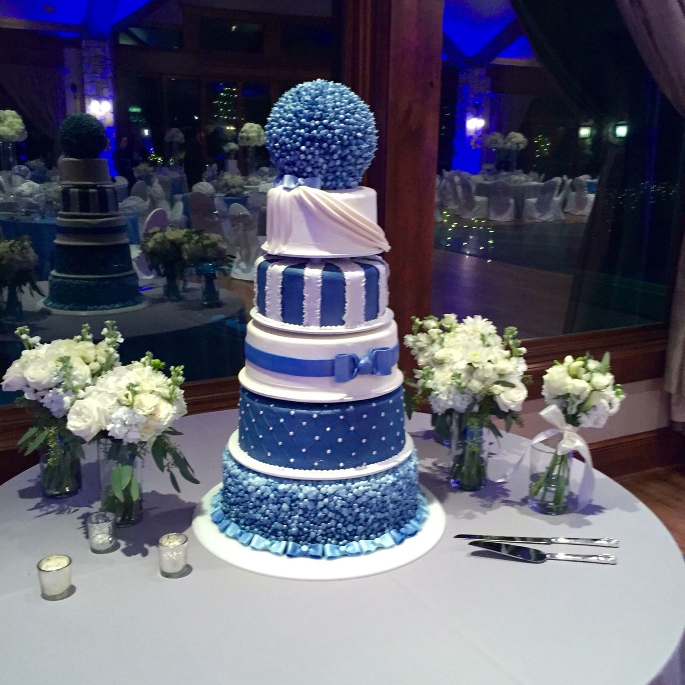 Winter wonderland wedding cake run pinterest wedding cake and
