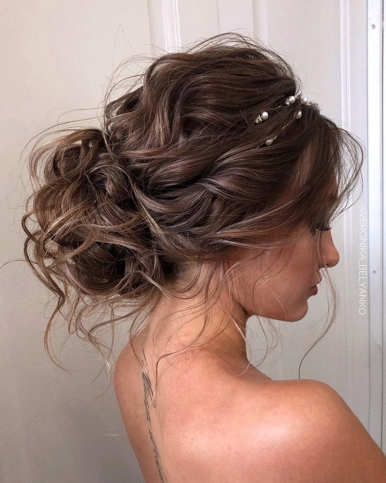 55 The Perfect Messy Wedding Hairstyles For Every Season Messy Updo Hairstyle Wedding Updo Bridal Updo Messy Hair Updo Long Hair Styles Messy Wedding Hair