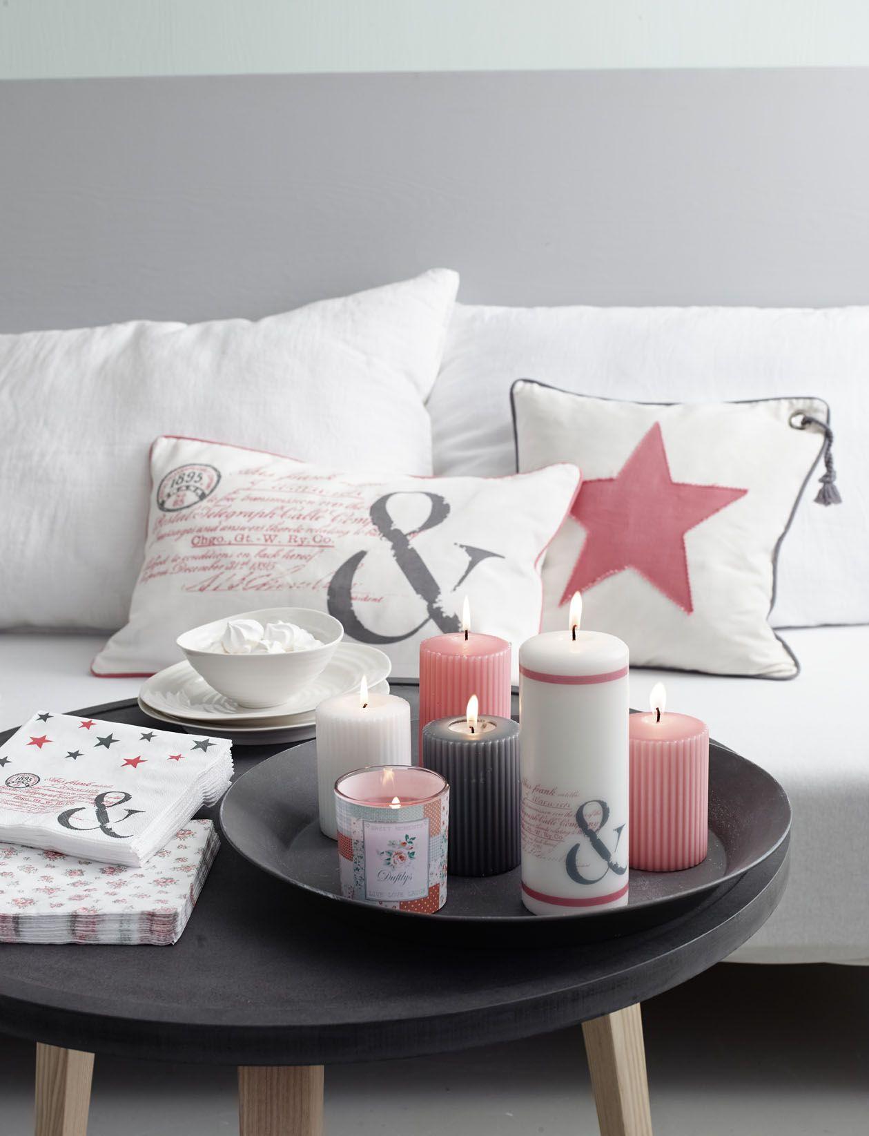 Coffee Table Decor Idea   Princessbutikken.   Decorating ...