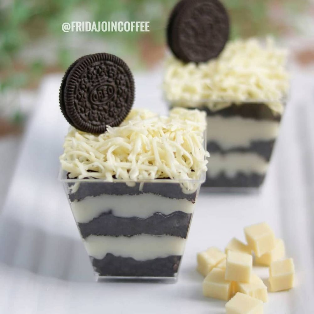 Resep Dessert Box C 2020 Brilio Net Instagram Mayfitkitchen Instagram Komeskitchen Makanan Penutup Mini Resep Makanan Penutup Resep Biskuit