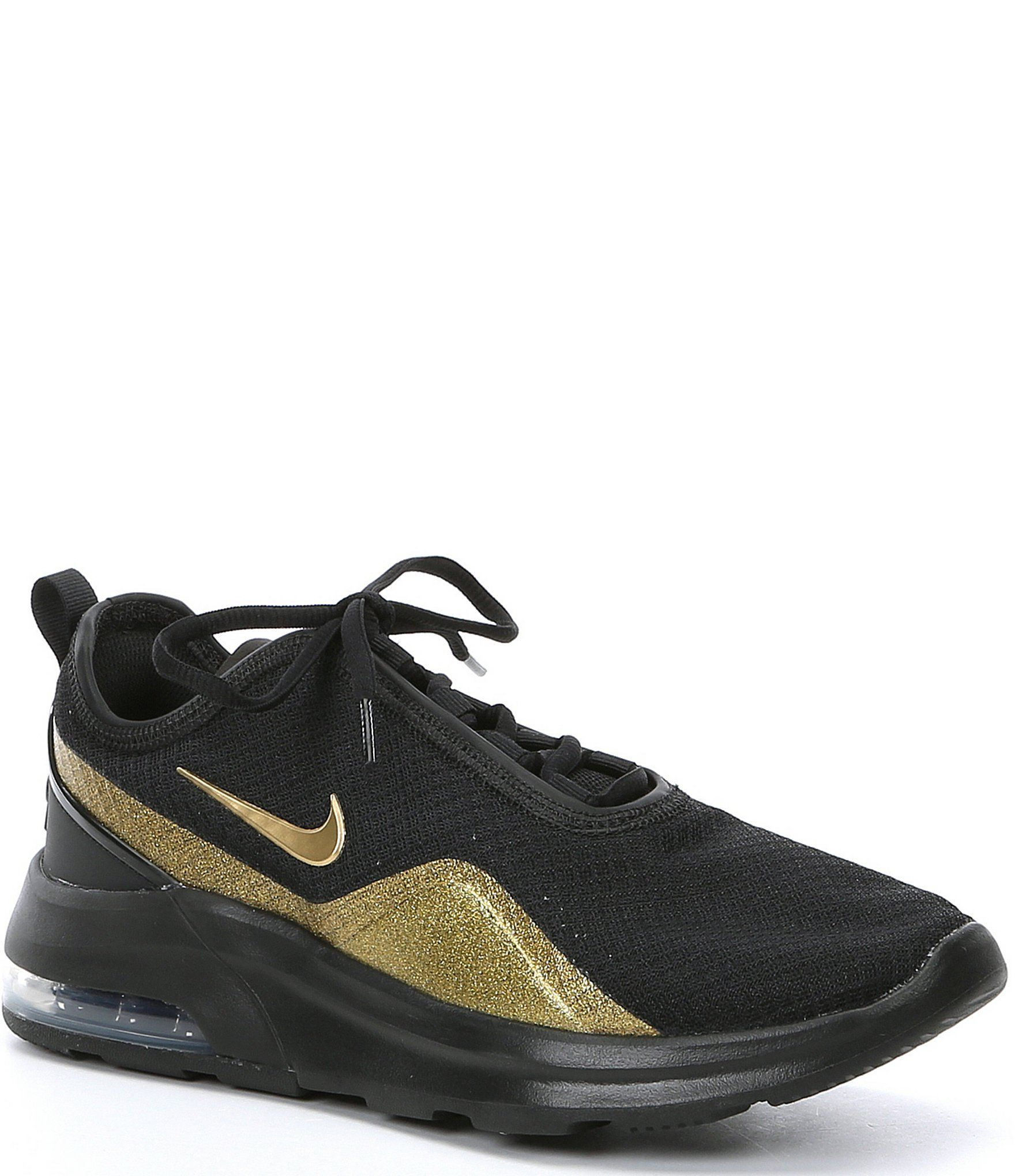 Nike Women's Air Max Motion 2 Lifestyle Sneaker Black