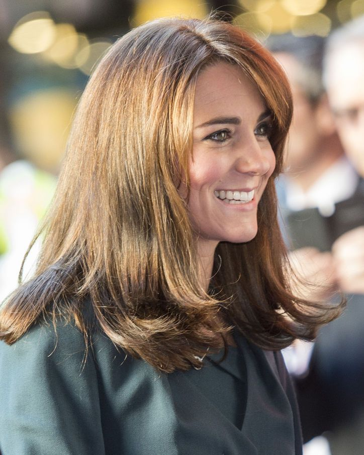 Kate Middleton Chopped Off Her Hair Kate Middleton Hair Medium Length Hair Styles Hair Styles