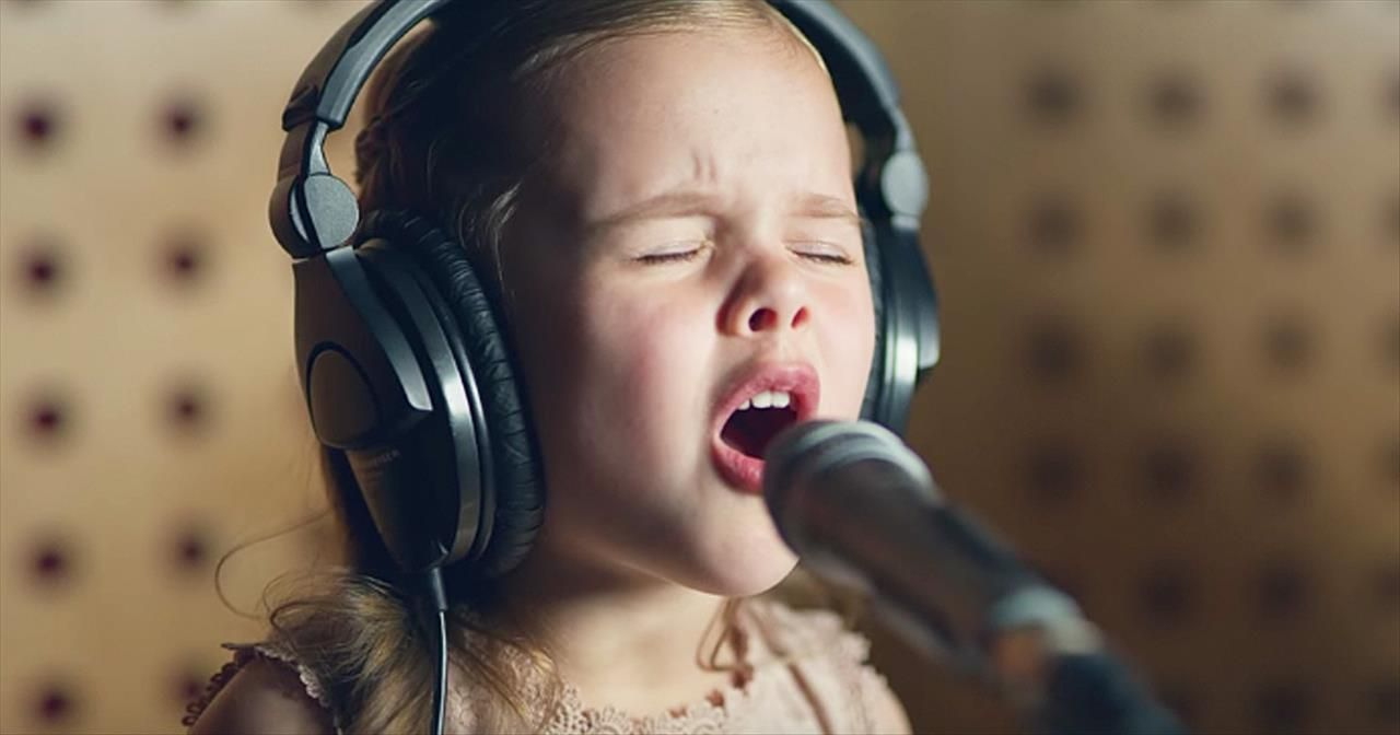 6YearOld Claire Crosby Sings 'Baby Mine' From Dumbo With