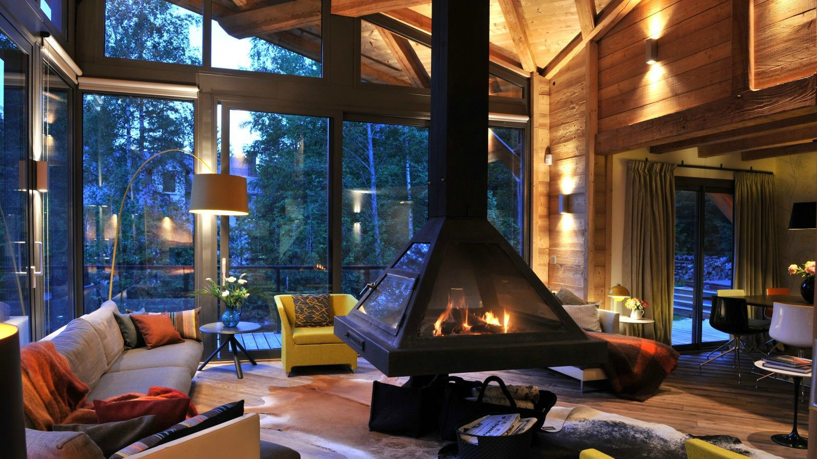 Cozy Room cozy living room with a floating fire place. [1600x900