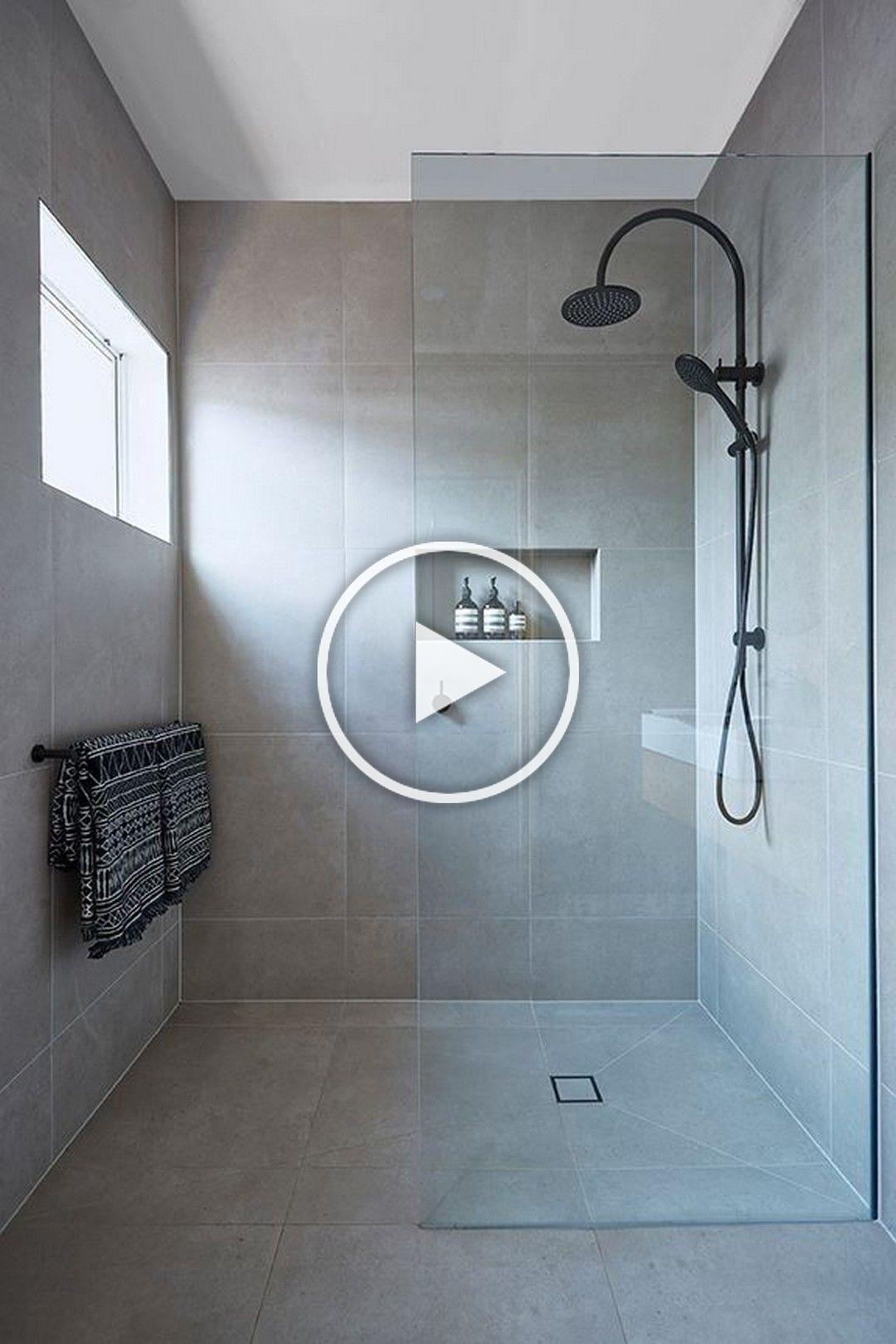 Minimalist Bathroom Decoration With A Beautiful Shower And Fit To Be Placed In A Minima In 2020 Kleines Bad Renovierungen Moderne Kleine Bader Badezimmer Renovierungen