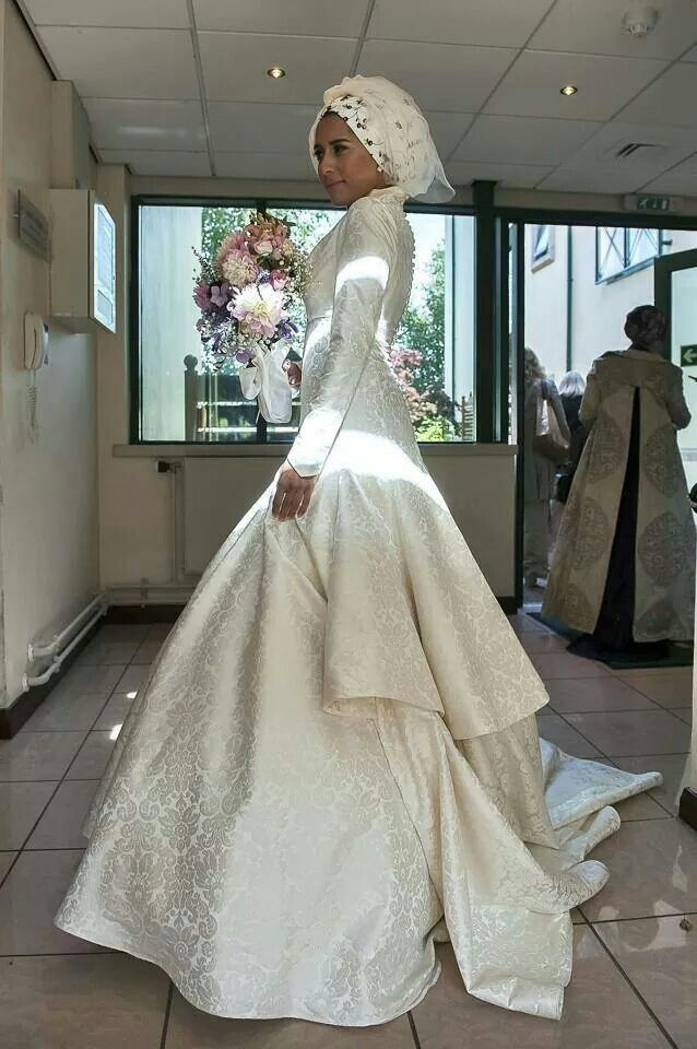 sale retailer dcd8e 5af7e Dina Tokio wedding dress no2 | Wedding Planner Africain
