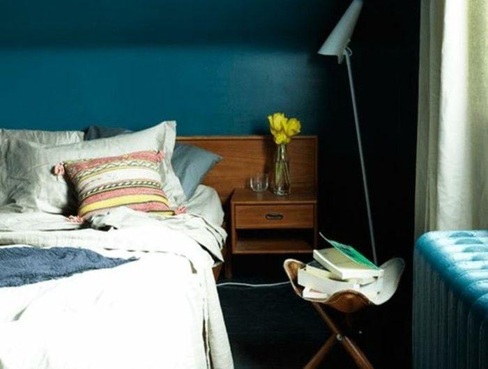 ▷1001+ idées pour une chambre bleu canard, pétrole et paon sublime - peindre un lit en bois