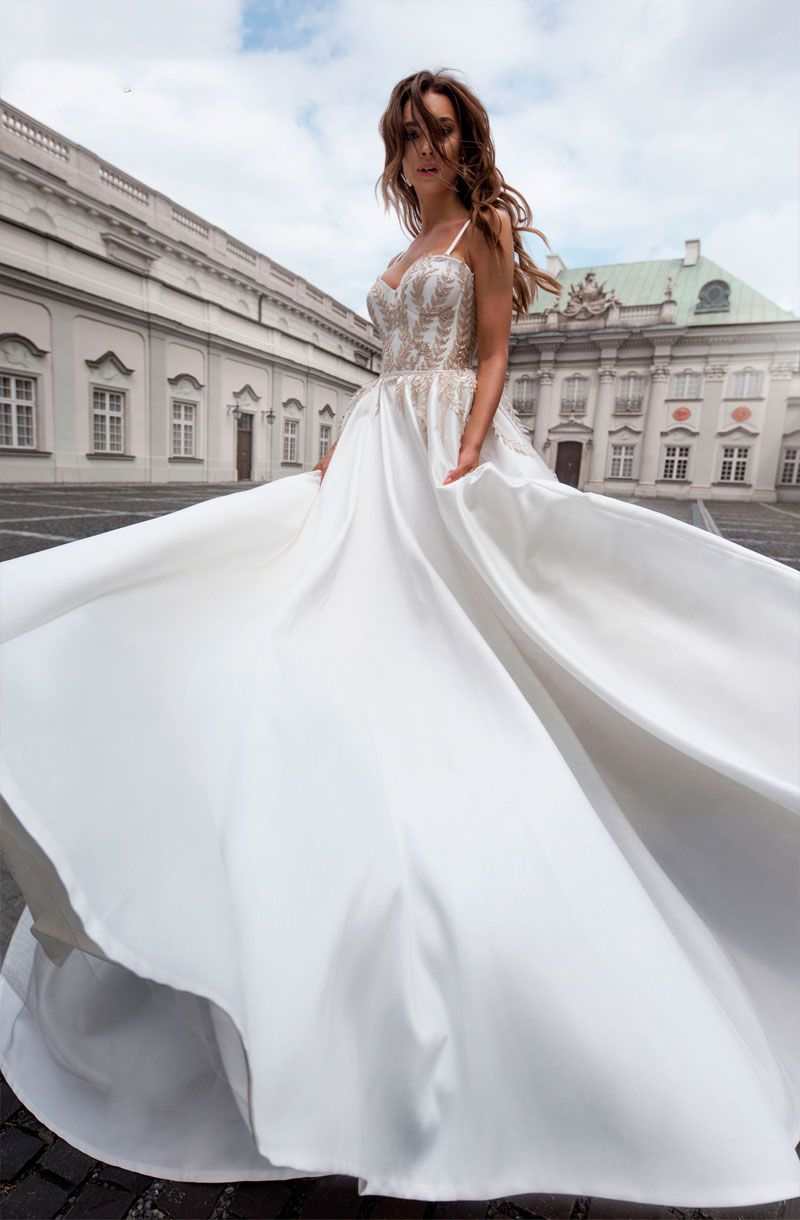 sweetheart neckline spaghetti straps ball gown a line wedding dress chapel train #weddinggown #weddingdresses #wedding #weddings #weddingdress #weddinggowns