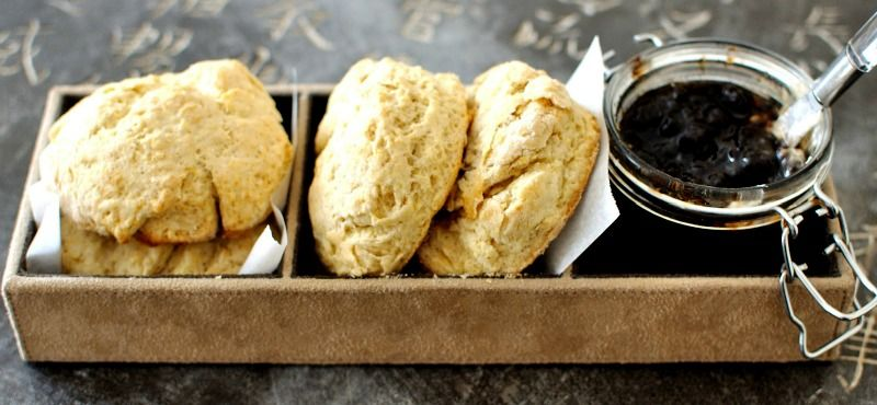Il caffè mattutino o il tè pomeridiano non sono completi se mancano focaccine fresche, un tipico spuntino irlandese che troverete ovunque!