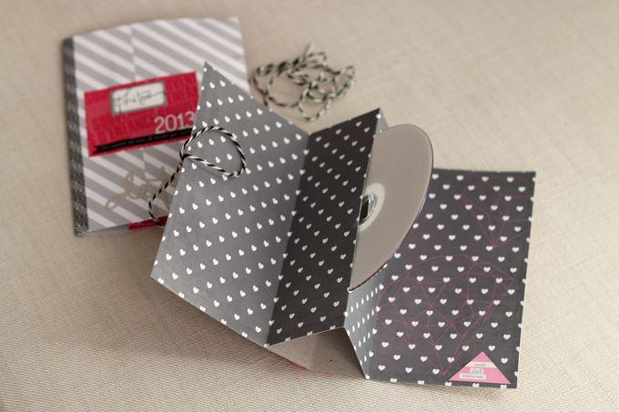 11 d cembre une pochette cd cadeau pochette cd pochettes et d cembre. Black Bedroom Furniture Sets. Home Design Ideas