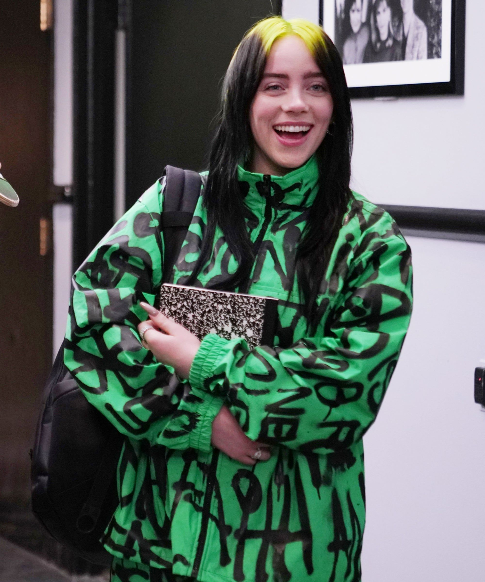 Billie Eilish Is Here To Make The Saturday Night Live Cast Feel So, So Old #saturdaynight Billie Eilish gets schooled by Woody Harrelson in this new SNL promo.