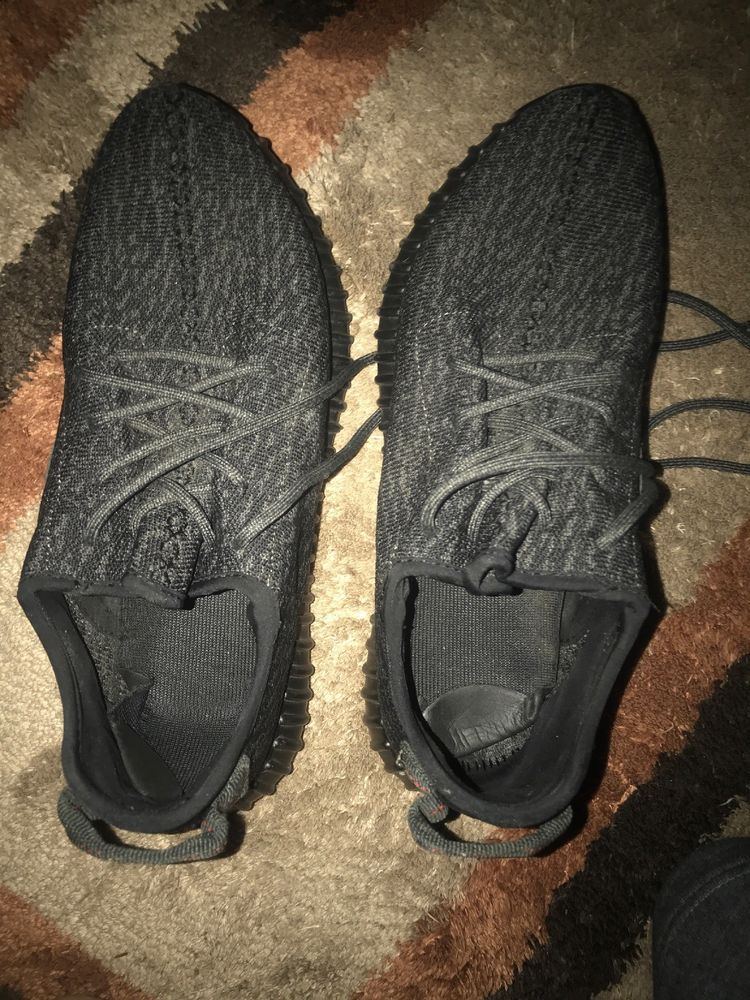 4c98134046250 100% Authentic Adidas Yeezy Boost 350 V1 Pirate Black 2016 Size 10.5 Used